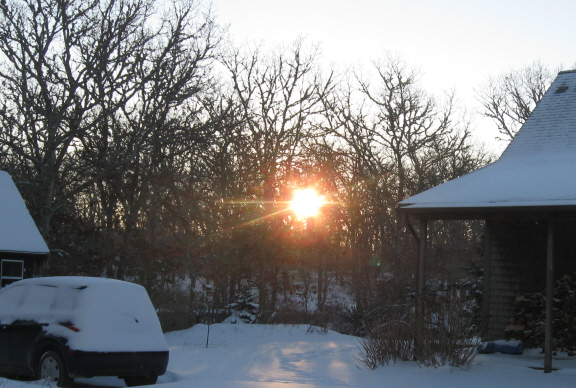 Sunrise at the neighbors', January 4, 2014