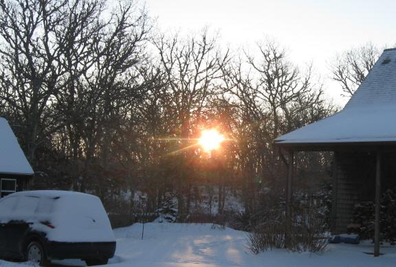 Sunrise at the neighbors', January 4, 2014