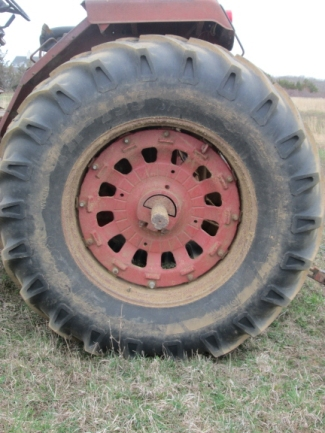 20150420 tractor tire