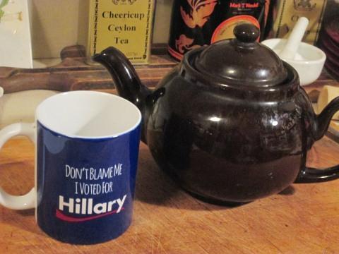 hillary-mug